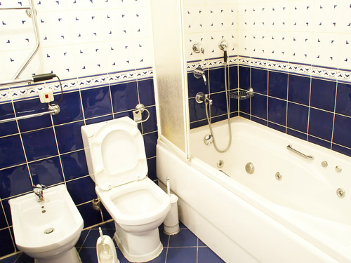 משטחי אמבטיה